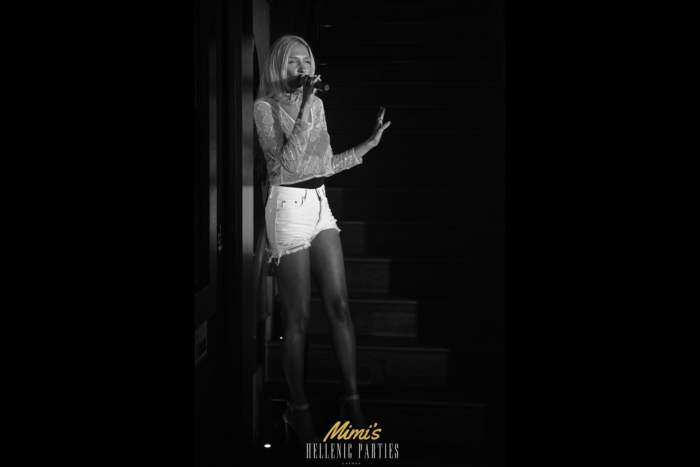 Mimi's Bar Live Performances